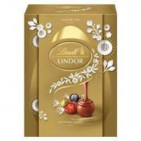 Шоколадное яйцо Lindt Lindor Milk Assorted Chocolate Egg 133 g