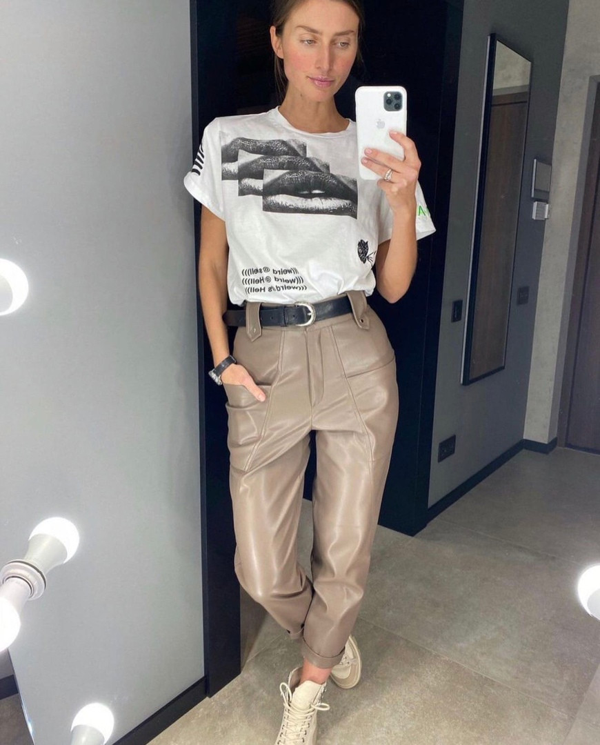 Кожаные брюки с карманами