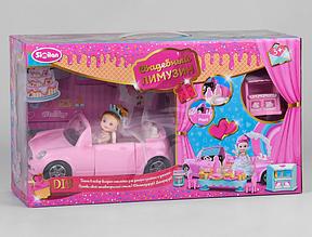 Лялька з машиною