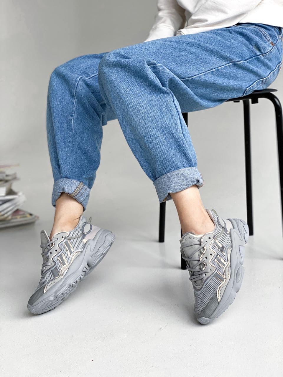 Женские кроссовки Adidas Ozweego PA324 серые