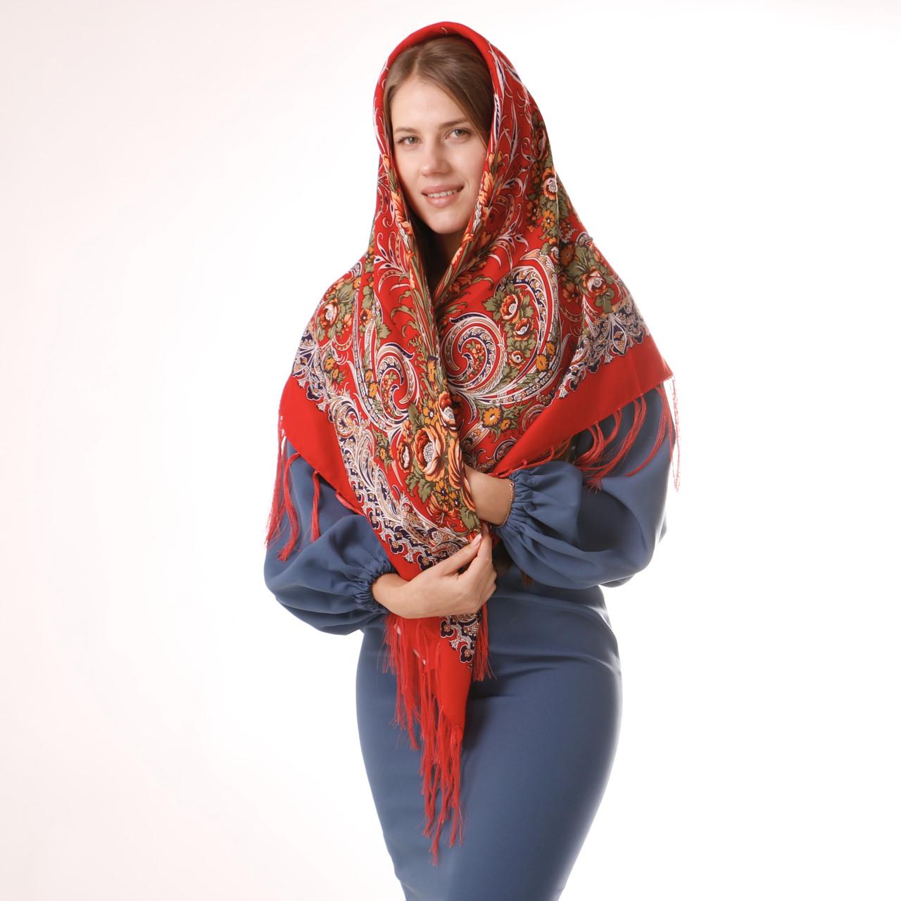 Хустка вовняна червона з квітами Т120/211