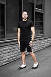 Чоловічий річний комплект чорна футболка спів і чорні шорти лампас, фото 3