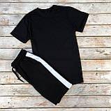 Чоловічий річний комплект чорна футболка спів і чорні шорти лампас, фото 6
