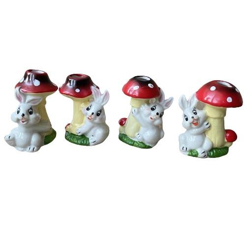 Великодні кролики під грибами 7.5 см кераміка