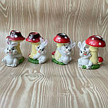 Великодні кролики під грибами 7.5 см кераміка, фото 3