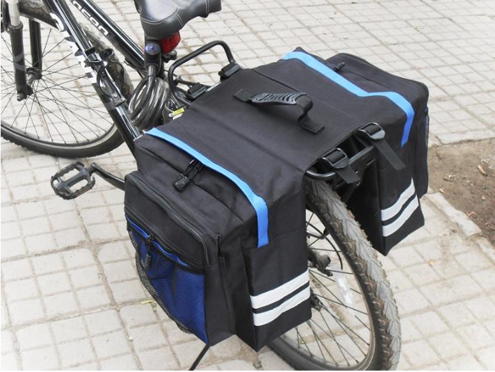 Велосумка на багажник. Сумка на багажник велосипеда загальним обсягом 27L. Колір чорний з синіми вставками