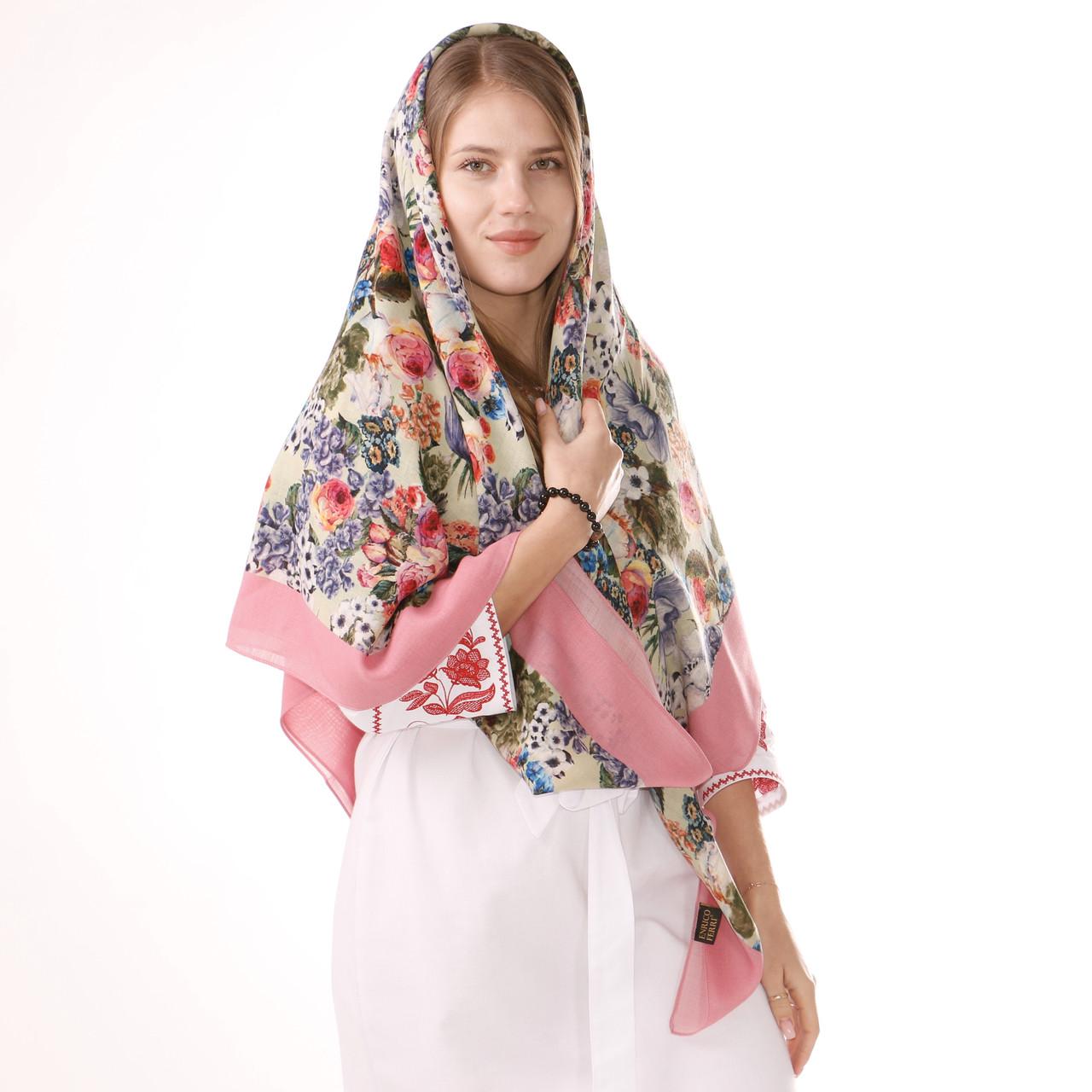 Хустка вовняна рожева з квітами із 100% вовни D135/15