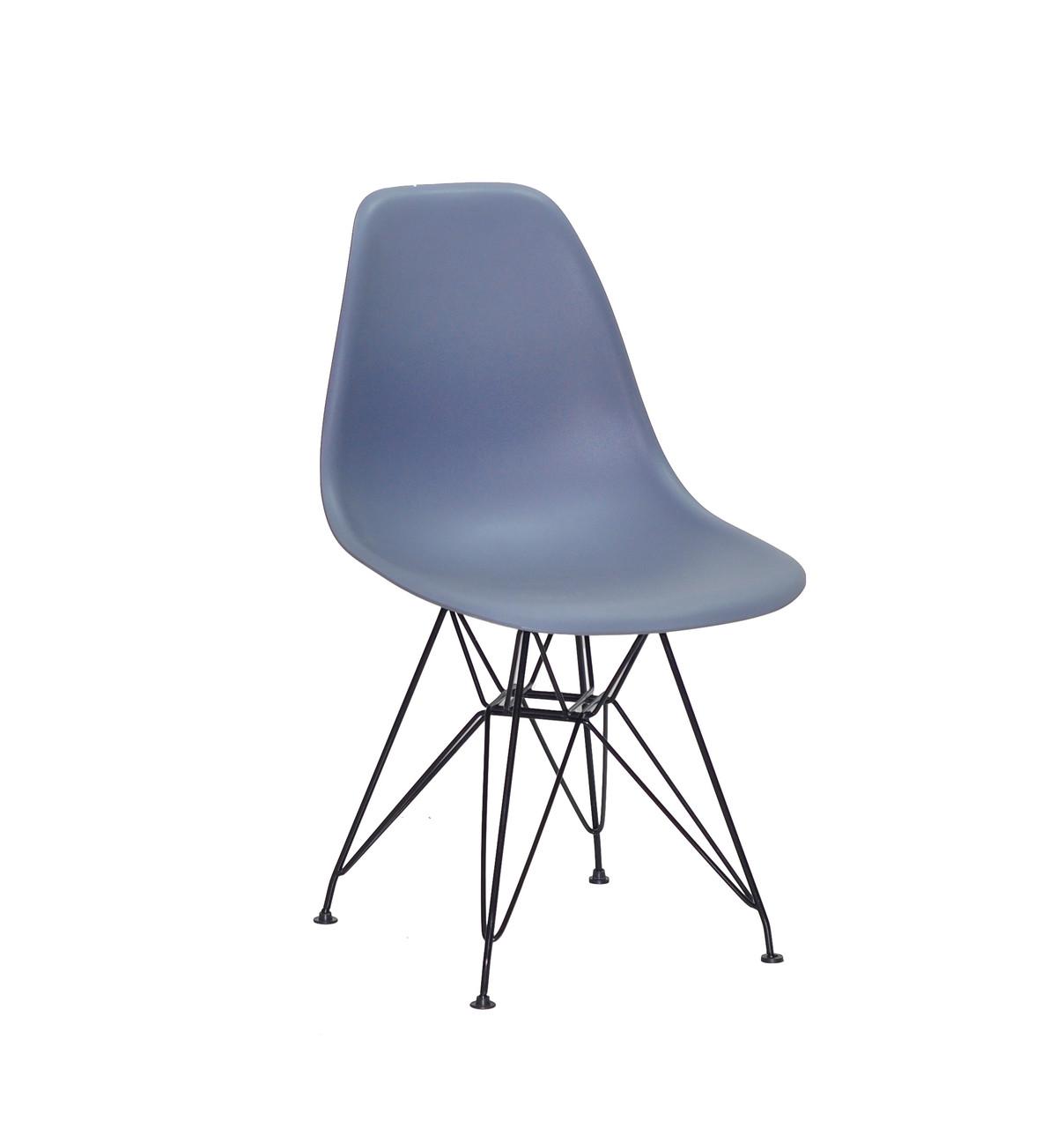 Пластиковый синий стул на черных металлических ножках Nik BK-ML для современных интерьеров