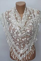 Платок молочный с камнями свадебный церковный ажурный 231004