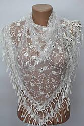 Платок молочный с камнями свадебный церковный ажурный 231009