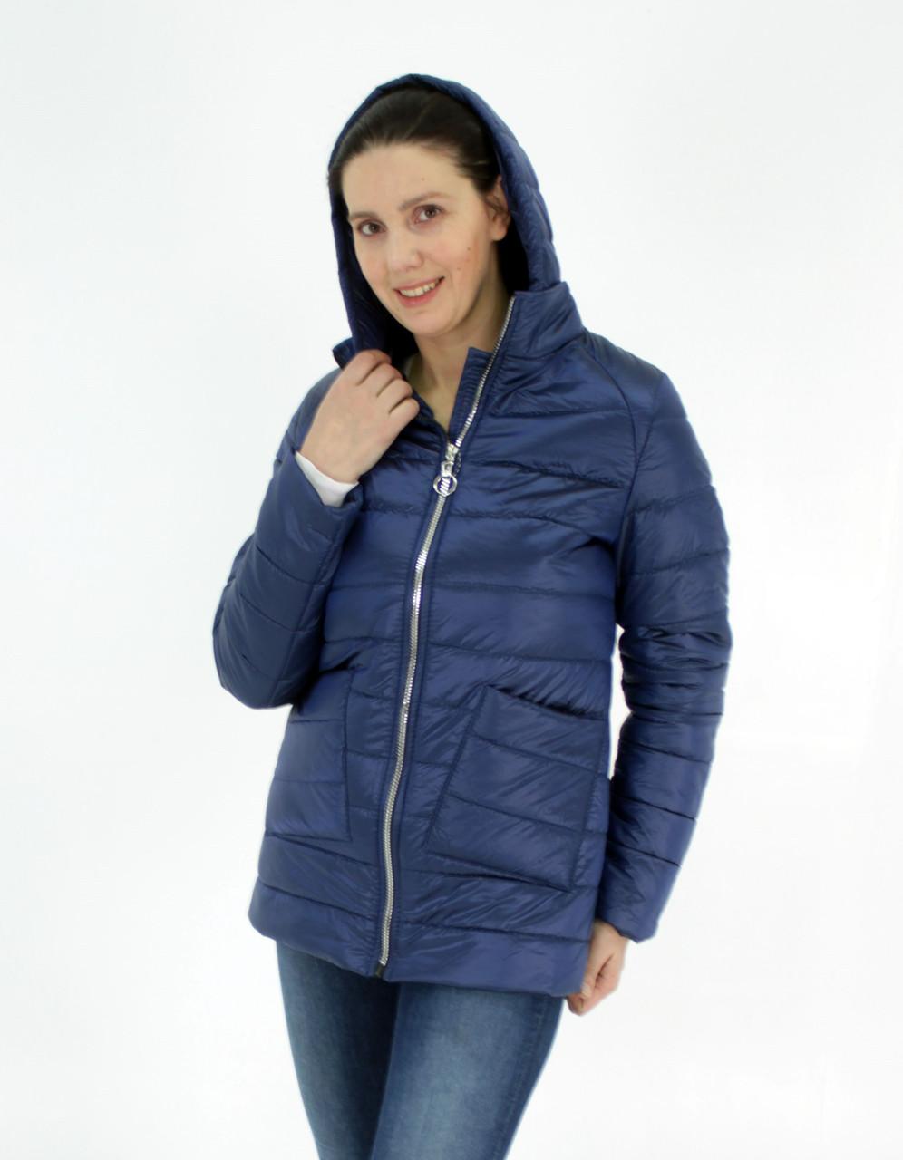 Легка жіноча демісезонна куртка з накладною кишенею, синя, розміри 48 - 54
