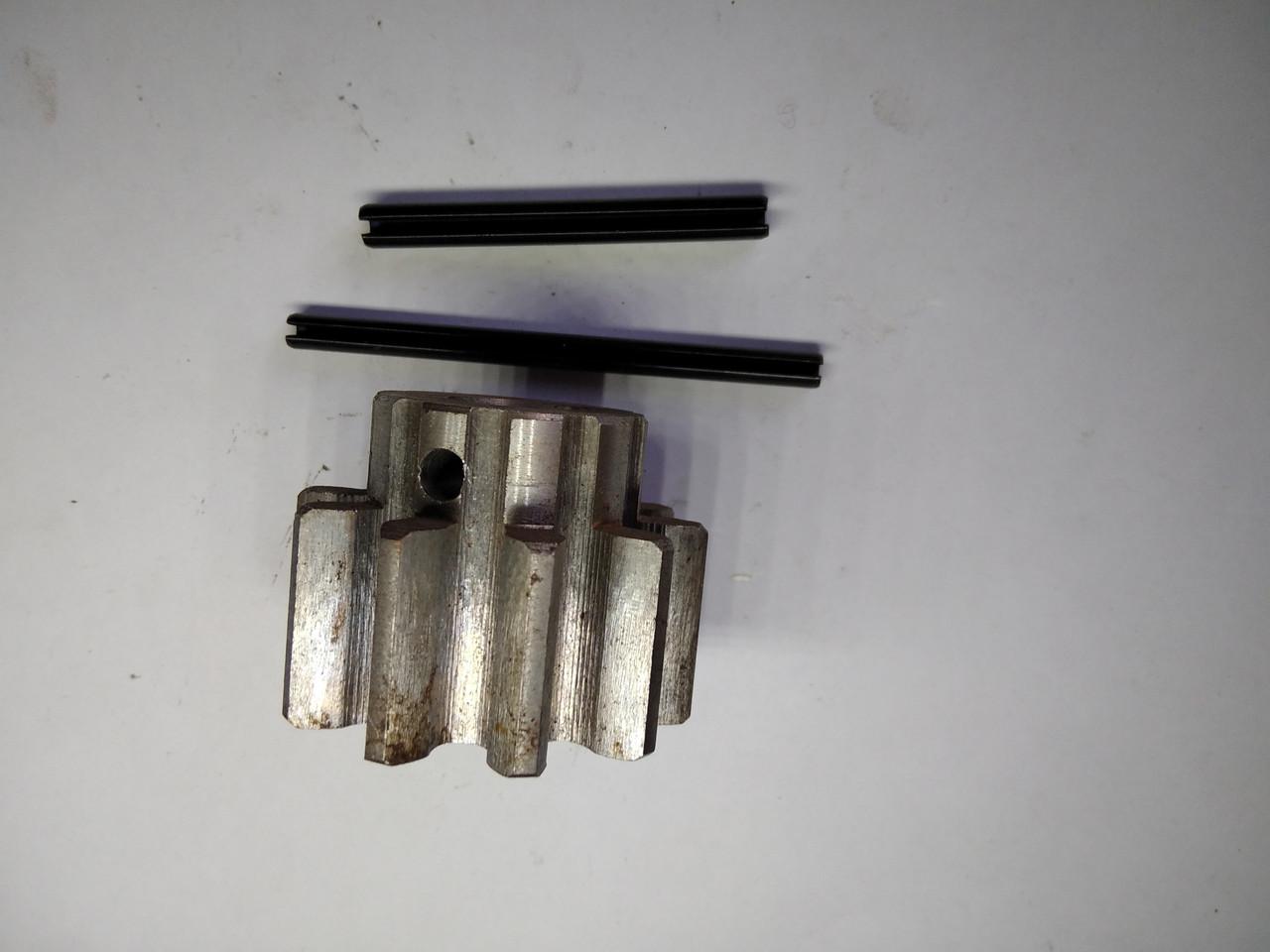 Шплинт саморазжимной для крепления шестерни бетономешалки