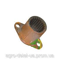 Вилка 77.36 016 ведомая передачи карданной,трактора ДТ-75,ДТ-75Н,ДТ-75М,ДТ-75МВ,ДТ-75НБ