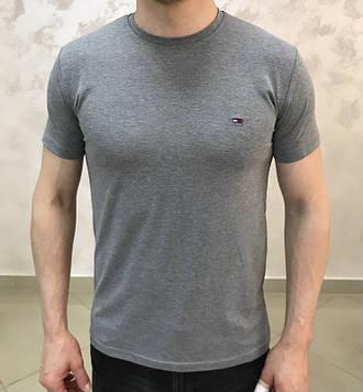 Базовые мужские футболки L