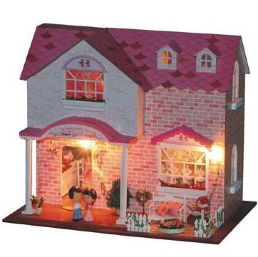 Кукольные домики и игрушечная мебель