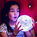 Великий настільний світильник з пультом на акумуляторі 18 см Magic 3D Moon Light RGB Місяць, фото 10