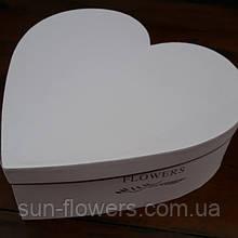 Картонна Коробка у формі серця(рожева пудра)