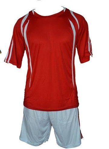 Форма футбольная взрослая. Размер: М  (48-50)