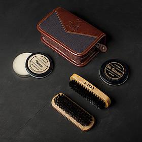 """Подарунковий набір для чищення взуття """"Шик і Блиск"""": 2 щітки, ганчіркова серветка + два крему. Подарунок"""