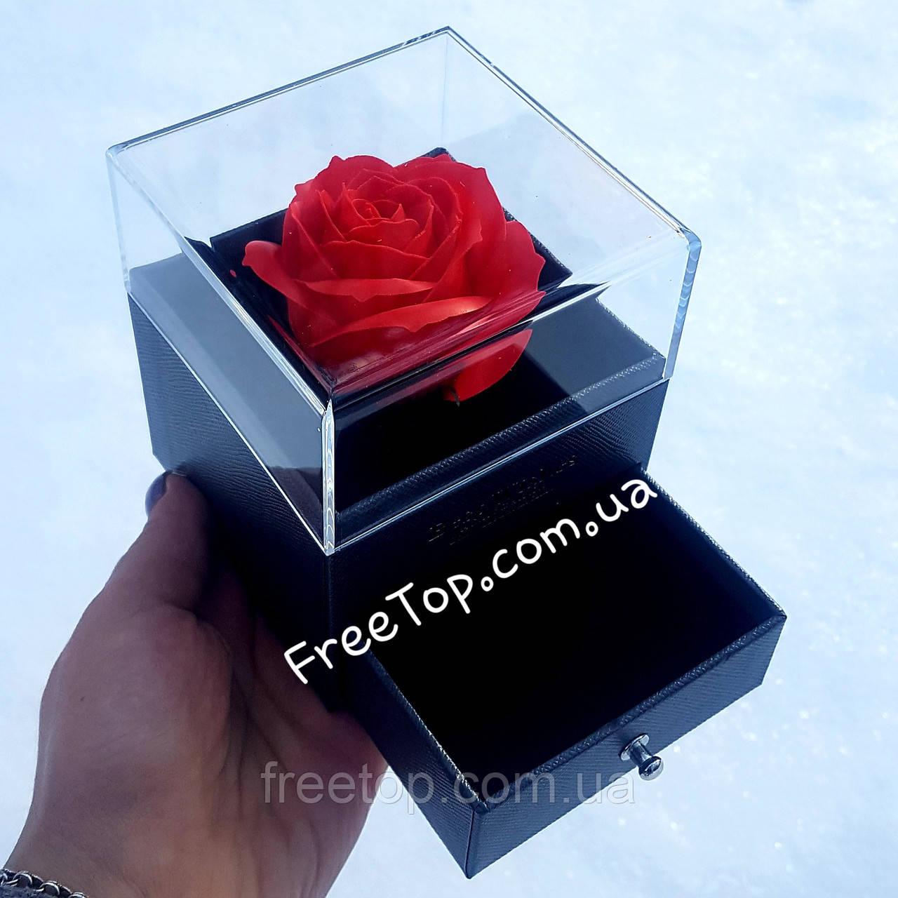 Набір мило з троянд у подарунковій скриньці для прикрас