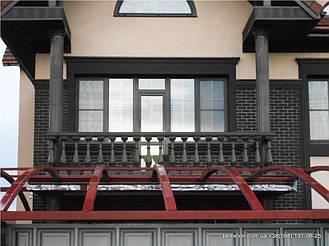Здесь используется шоколадная балюстрада с балясинами выполненные по технологии мрамор из бетона.  Срок службы   изделий  не менее 25 лет под открытым небом. Наши балясины и балюстрады обладают высокой прочностью и плотность.