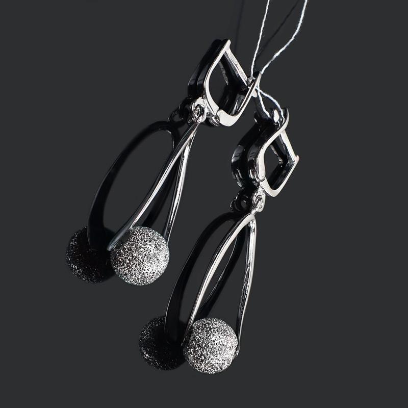 Серебряные нарядные серьги подвески с бусиной