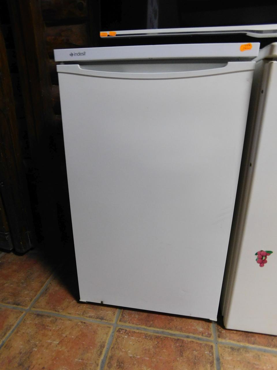 Холодильник однокамерный Indezit, бу,  из Германии