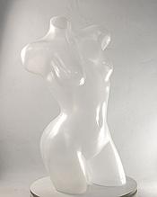 Торс женский пластмассовый Венера изогнутая полупрозрачная