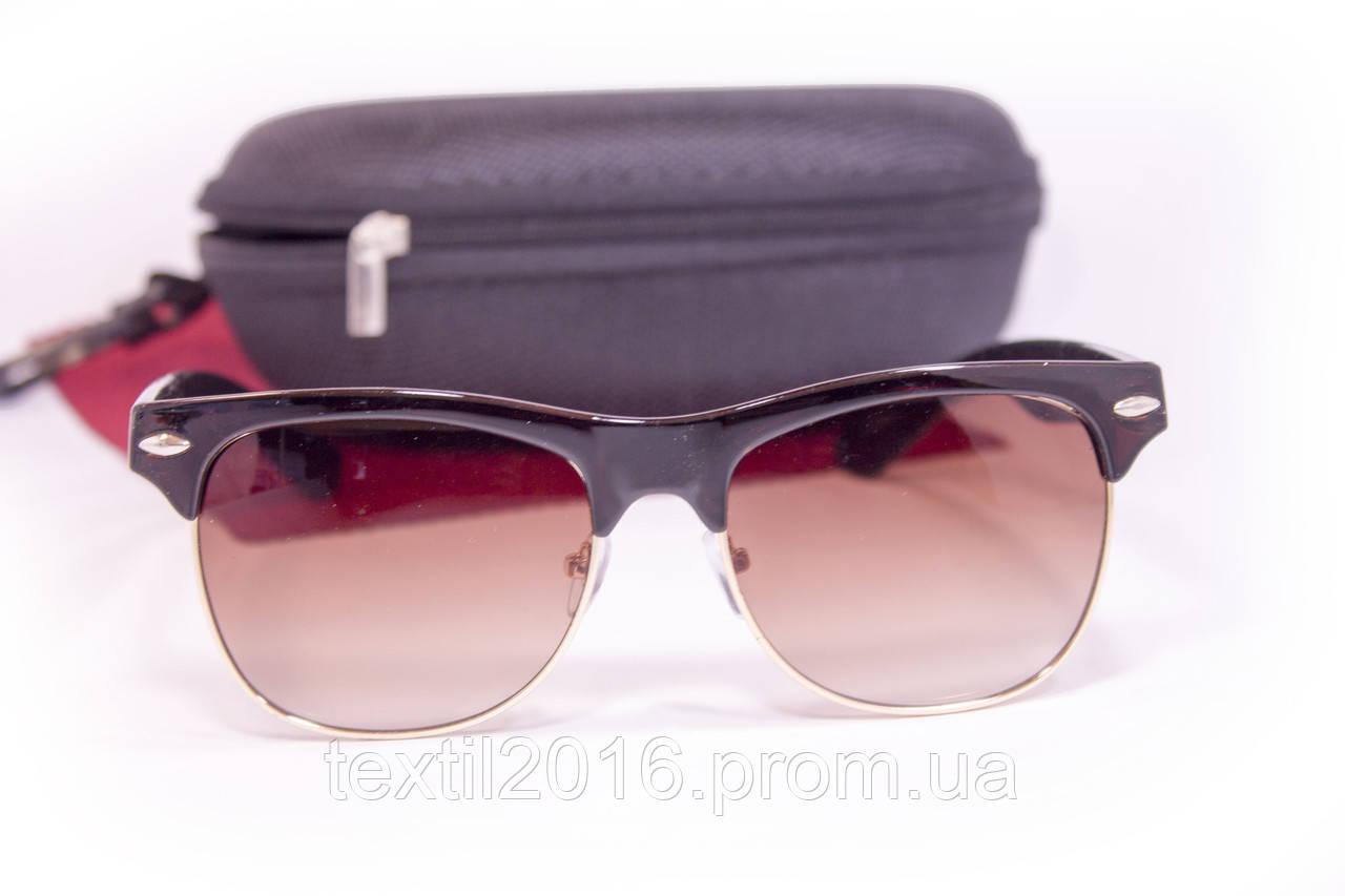 Сонцезахисні окуляри з футляром F8018-1