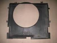 Диффузор радиатора Mercedes Vito 639