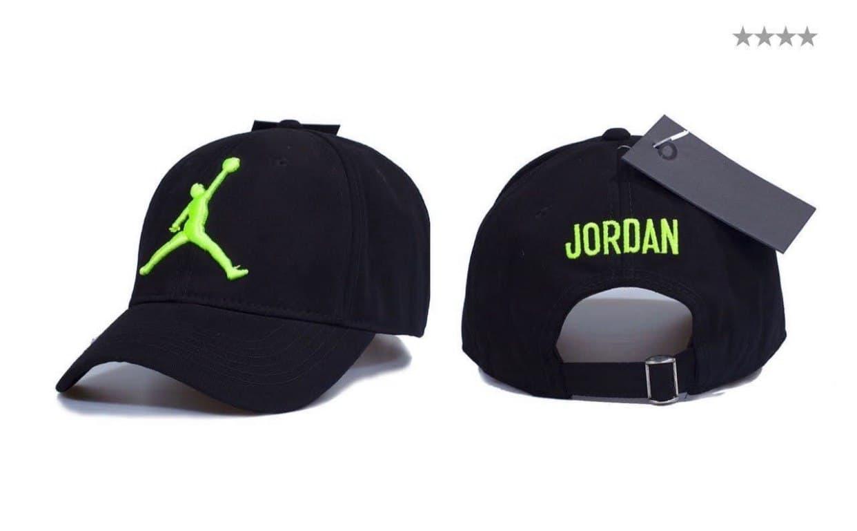 Брендовая кепка JORDAN D9377 черная