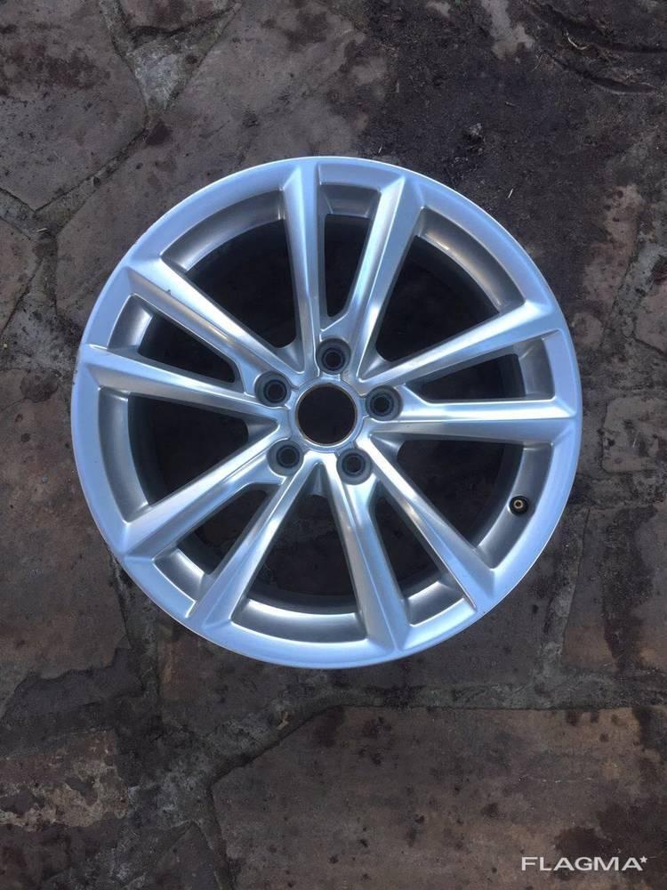 Диск колесный литой Audi A3 Ауди А3 от2013-гг. 7.5JX17H2 ET4