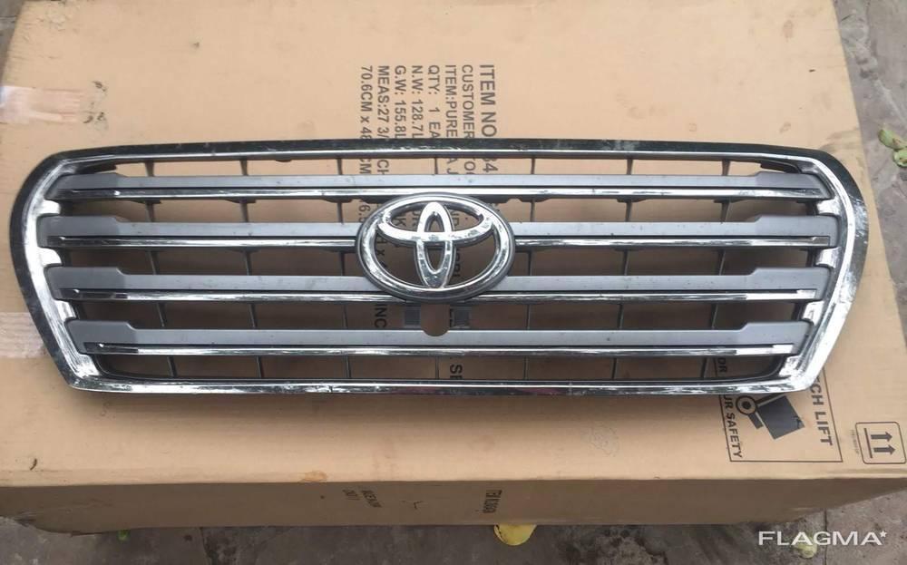 Решетка радиатора Toyota Land Cruiser 200 Крузер 200 от2012-