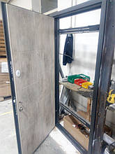 Двері Classic 0.97*2.05 бетон темний /світлий Rall-7024 L (ручка)