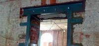 Укрепление   металлом старых домов с несущими трещинами