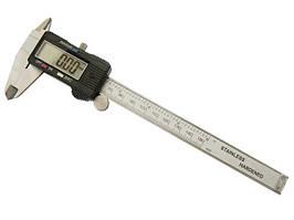 Штангенциркуль электронный Digital Caliper 150 мм с измерением глубины с запасной батарейкой и кейсом (150#)
