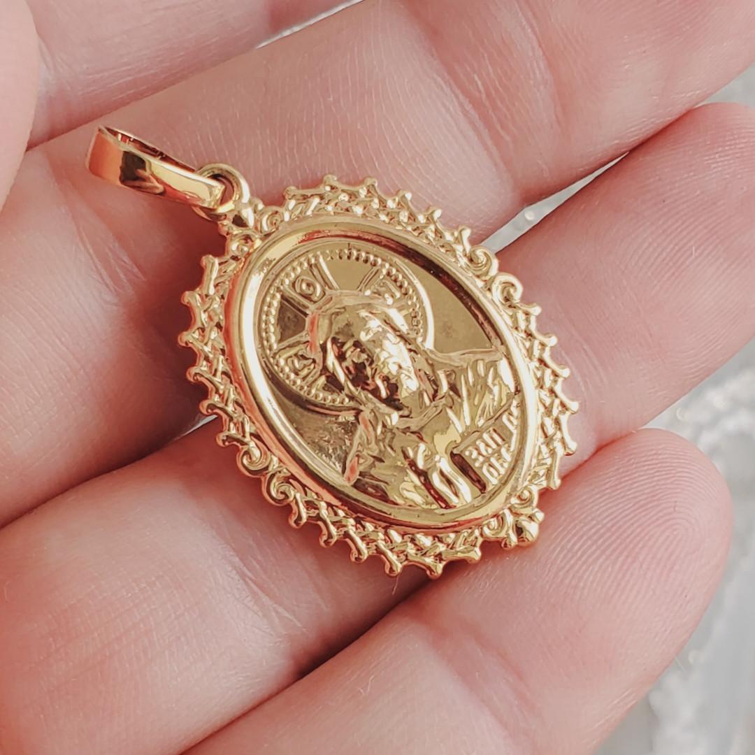 Ладанка Xuping Иисус Христос длина 3.6см медицинское золото позолота 18К л289