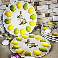 """Тарелка блюдо-подставка для яиц """"Зайчик с морковкой"""" Ø31.5см, на 12 яиц"""