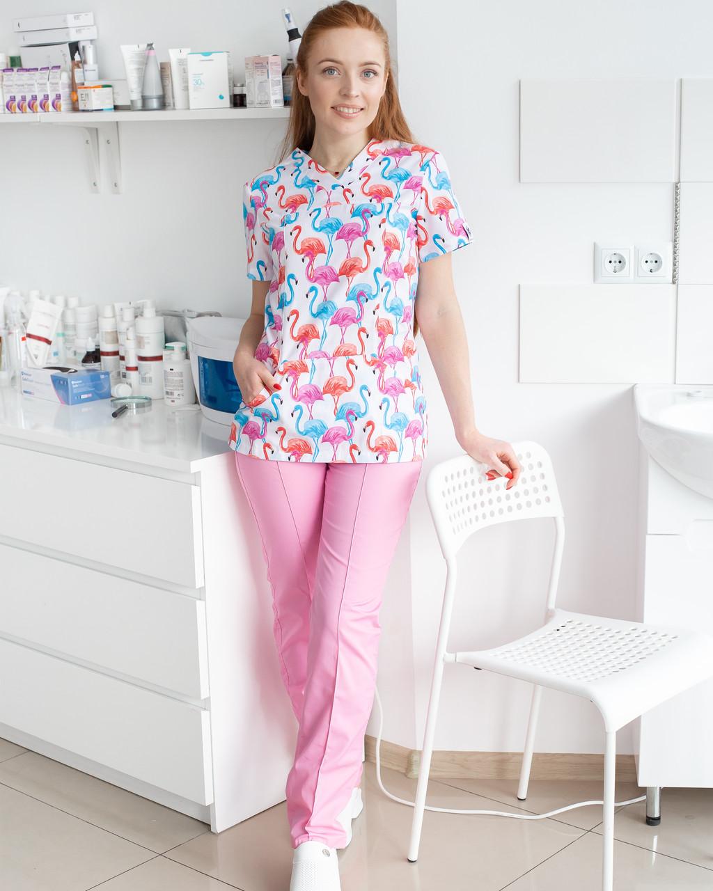 Медицинский женский костюм Топаз принт Фламинго цветные