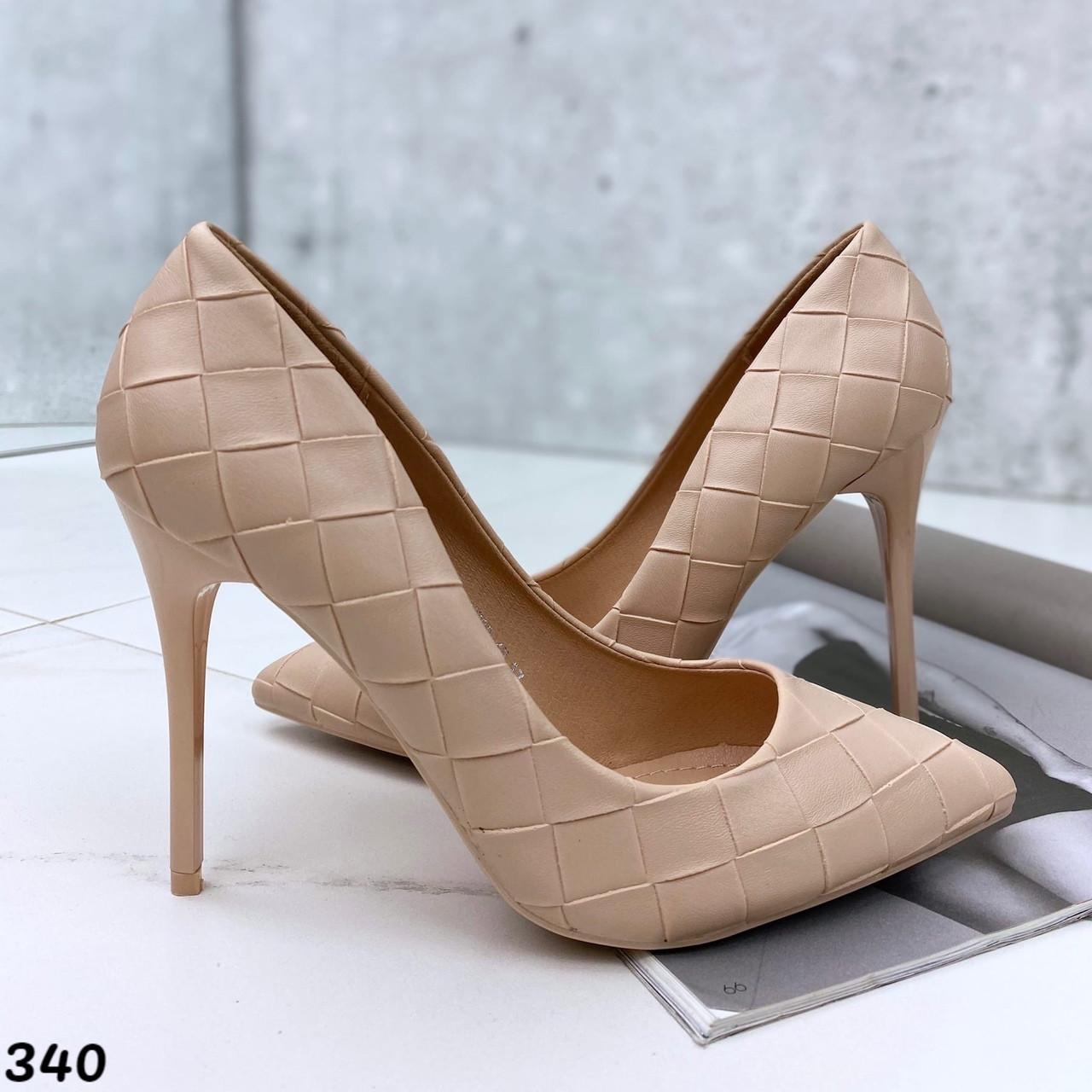 Туфли женские на каблуке лодочка