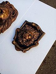 Картуш с головой льва