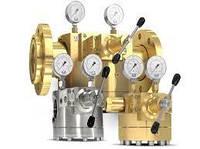 Який тиск в правильне газової пружині