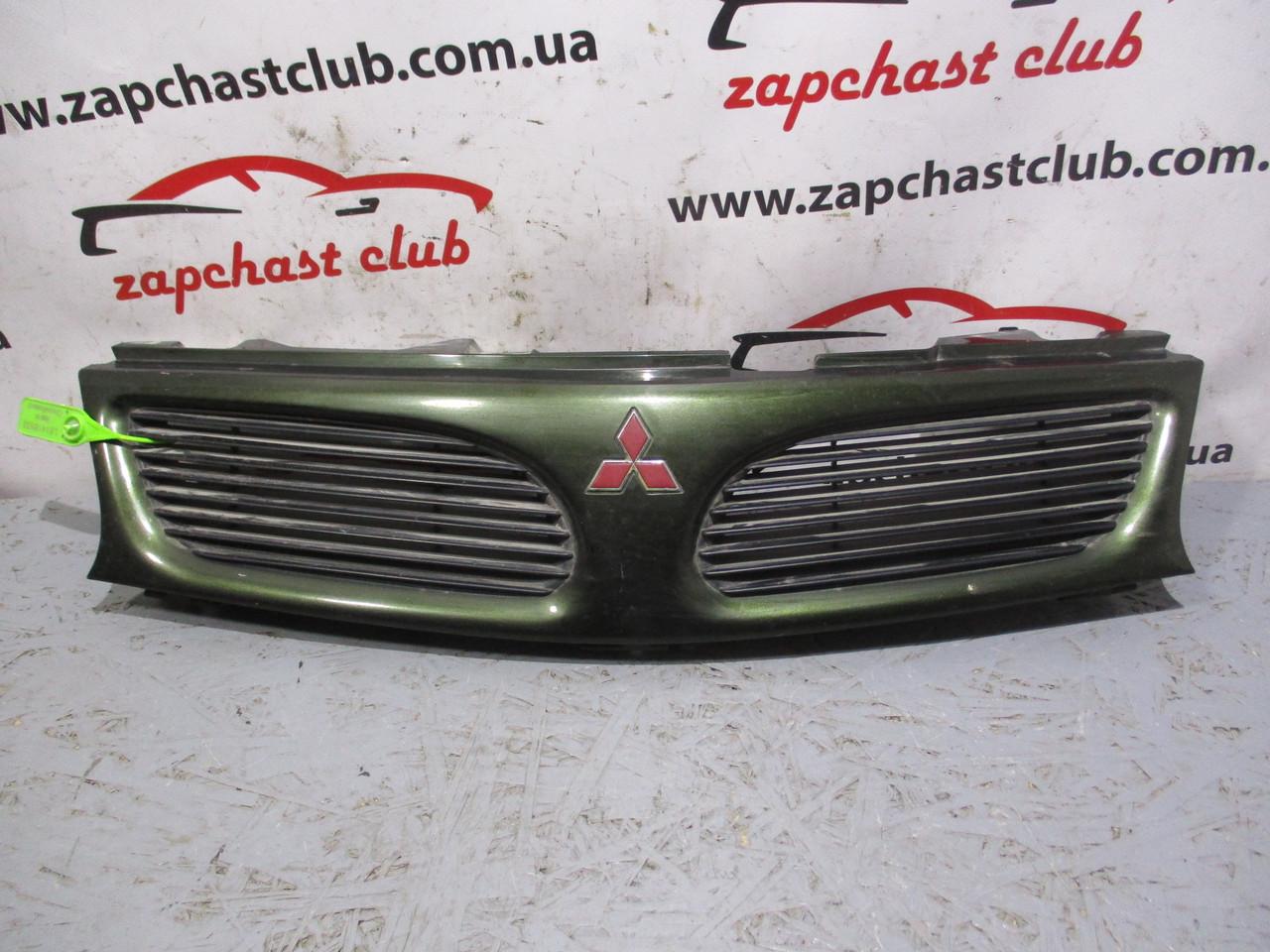 Решетка радиатора MB944763 (81416533) Carisma Mitsubishi