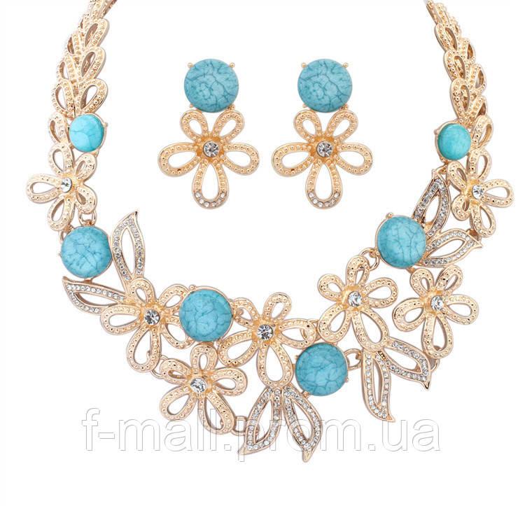 Кольє і сережки з блакитними квітами
