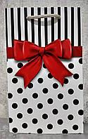 Пакет подарунковий паперовий середній 16х25х7