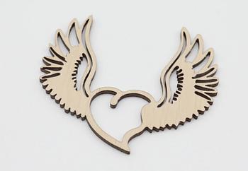 Деревянная заготовка из фанеры Сердце с крыльями 10*10 см