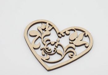 Деревянная заготовка из фанеры Сердце с узором внутри 9*7 см
