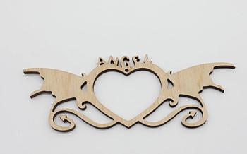 Деревянная заготовка из фанеры Сердце с узором Ангел 16*6 см