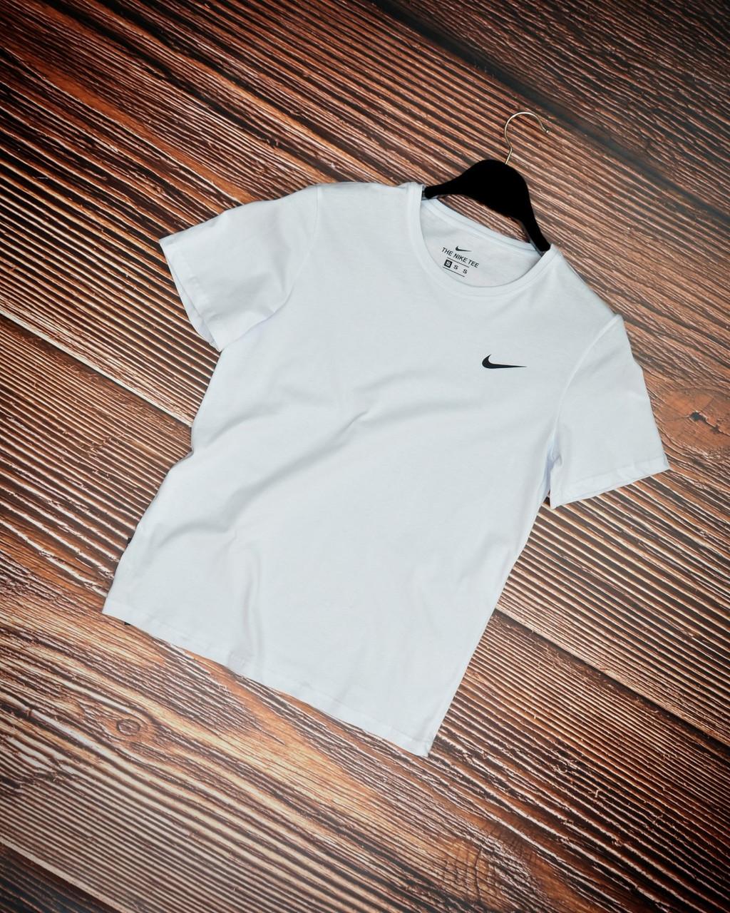 Чоловіча футболка