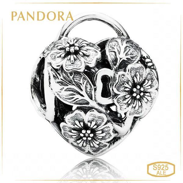Пандора Шарм «Замок в виде сердца из цветов» Pandora 791397